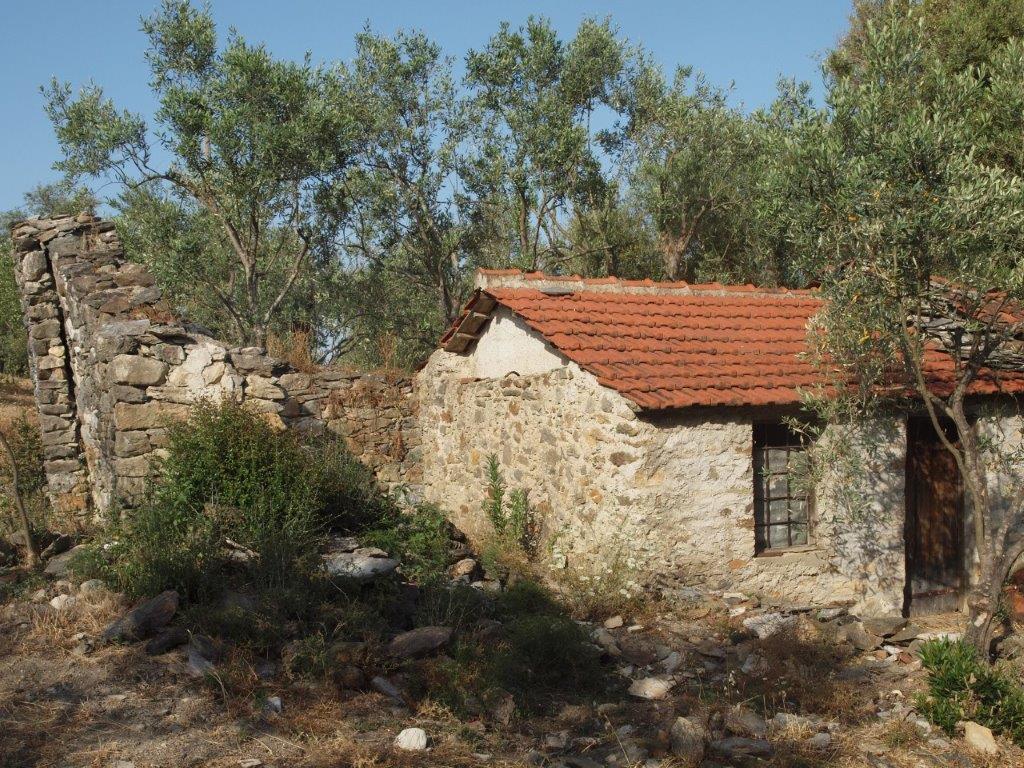 South Pelion Stone ruins for renovation - Property Pelion