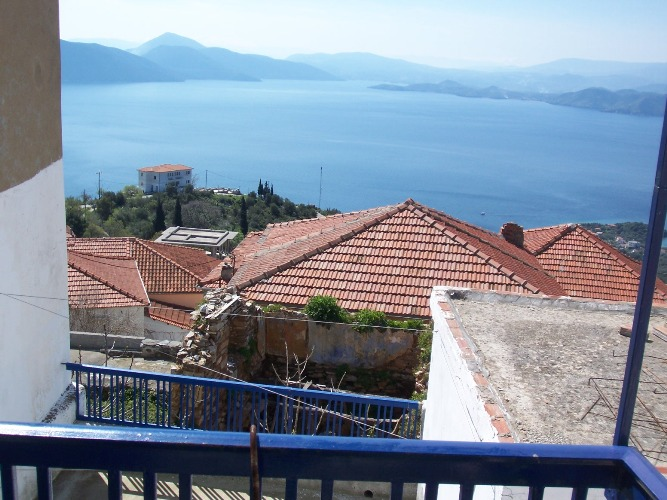 Old village stone house with sea views for sale in Trikeri - Property Pelion