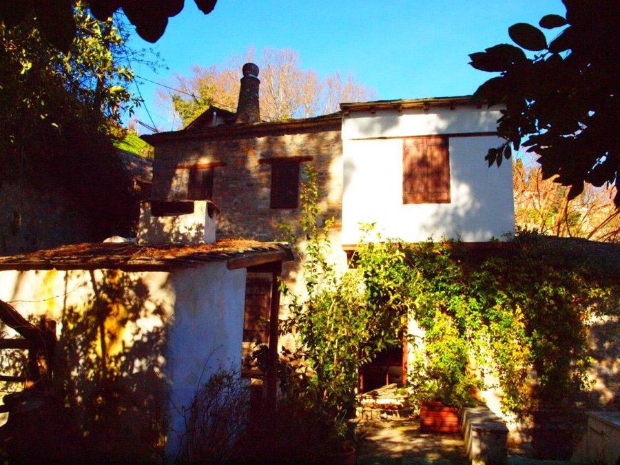 Fairy Tale Creek Side Stone Cottage - Property Pelion