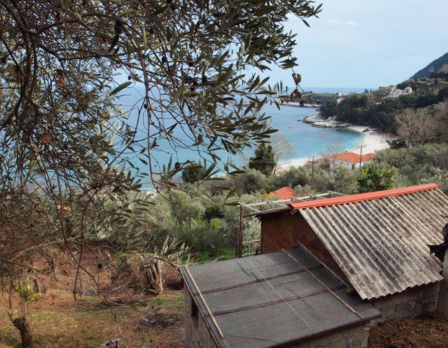 Escape and touch the sandy beach - Property Pelion