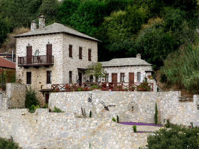 Archondiko Traditional stone mansion guest house with much history - Property Pelion