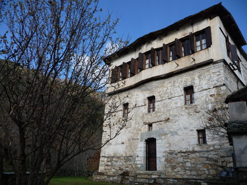 River side tower manor  - Property Pelion
