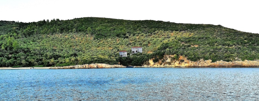 Seafront olive grove with private beach and spectacular sea view