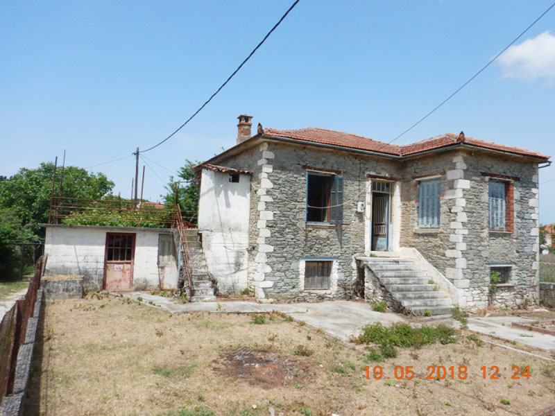 Stone build old  house with garden - Property Pelion